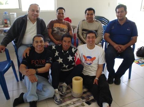 Sergio,Luis,Guillermo y Paco (arriba) Jesús,Astalo y Gabriel (abajo)