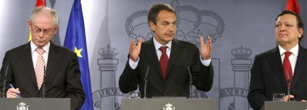 Zapatero protagonizando el acontecimiento planetario augurado por la profetisa Pajin